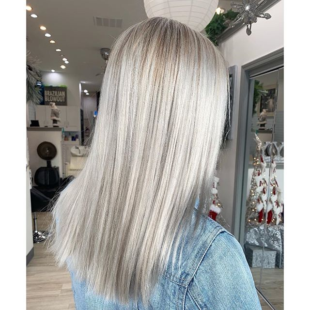 Transition to your natural white hair from color: What to ...